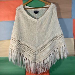 AEO Fringe Knit Wrap/Poncho size XS/S